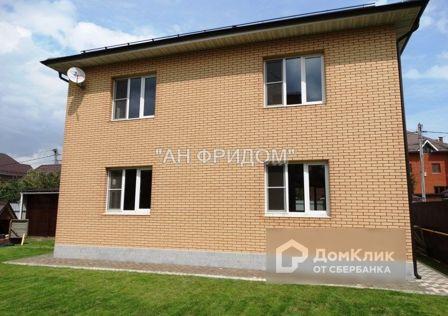 Продаётся 2-этажный дом, 220 м²