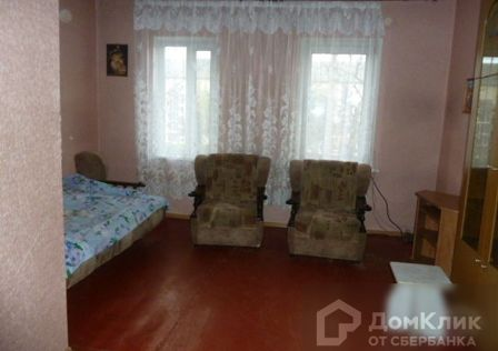 Продаётся комната в 15-комн. квартире