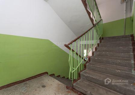 Продаётся 4-комнатная квартира, 71.9 м²
