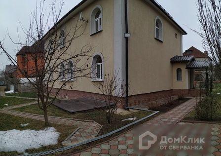 Продаётся 2-этажный дом, 245 м²