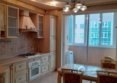 Продаётся 3-комнатная квартира, 98 м²