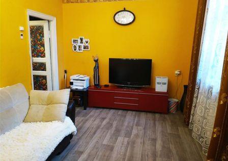 Продаётся 1-комнатная квартира, 35.9 м²