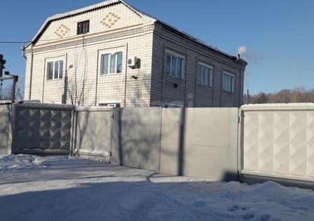 Продаётся 2-этажный дом, 600 м²