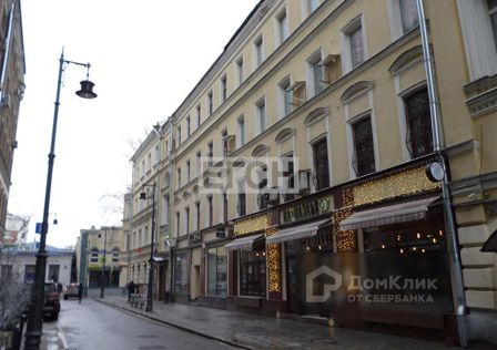 Продаётся 5-комнатная квартира, 170 м²