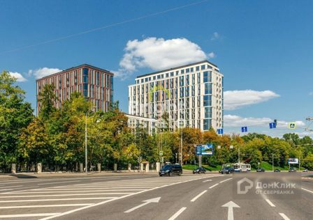 Продаётся 4-комнатная квартира, 204 м²