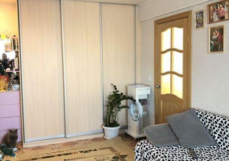 Продаётся 3-комнатная квартира, 49.1 м²
