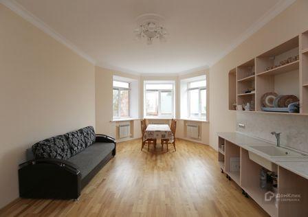 Продаётся 2-этажный дом, 460 м²