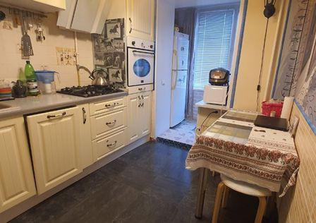 Продаётся 1-комнатная квартира, 42.7 м²