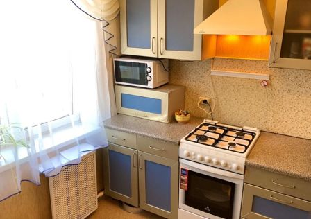Продаётся 3-комнатная квартира, 47.8 м²