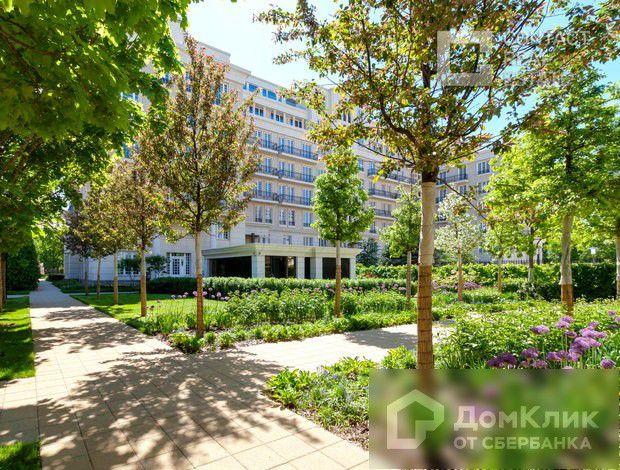 Продаётся 4-комнатная квартира, 170.46 м²