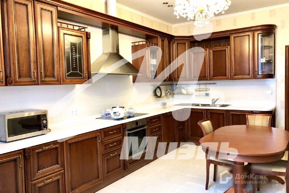 Продаётся 3-комнатная квартира, 115.4 м²