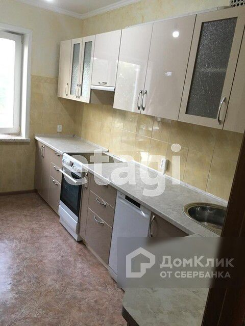 Продаётся 4-комнатная квартира, 87 м²