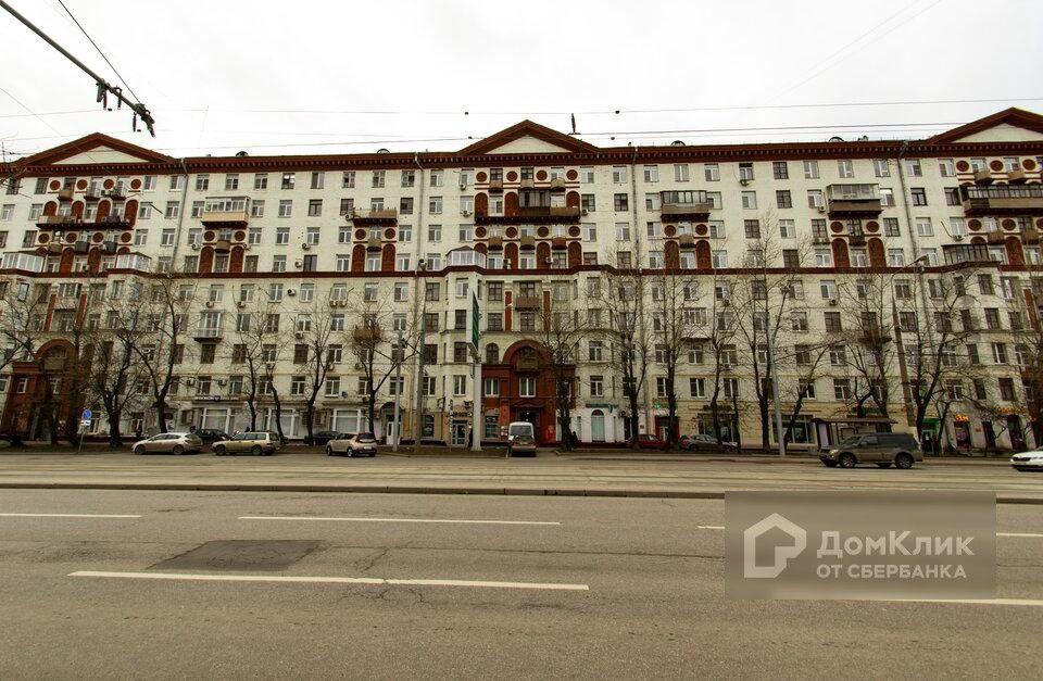 Продаётся 4-комнатная квартира, 122 м²