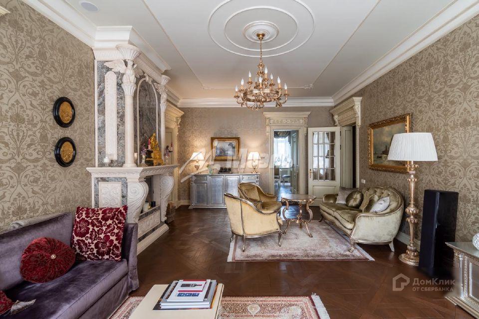 Продаётся 5-комнатная квартира, 159.4 м²