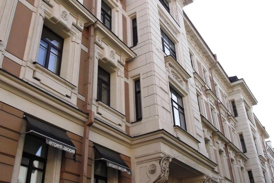 Продаётся 3-комнатная квартира, 101.3 м²
